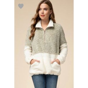 Maggie Two Toned Sherpa Pullover - Natural